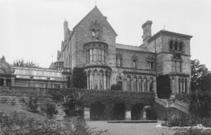 English Manor House 1950